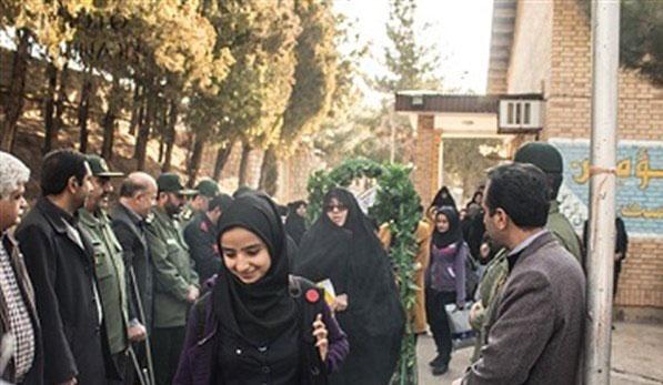 اعزام دانش اموزان ابادان به مناطق عملیاتی دفاع مقدس