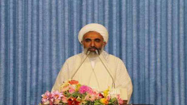 خون سردار شهید سلیمانی محور اتحاد یک ملت