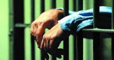 خیرین کمک کنند 300زندانی خوزستانی از نداری در حبس اند.